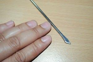 Ongles bien coupés pour pose faux onngles