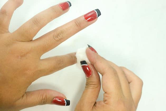 comment enlever vos faux ongles en gel fantaisy nails. Black Bedroom Furniture Sets. Home Design Ideas